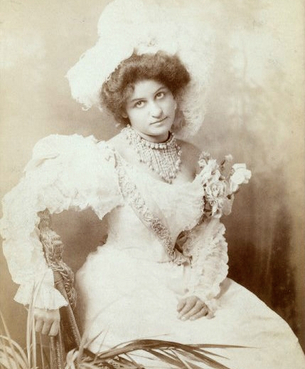 She was once billed as 'America's Greatest Coon Cantatrice of the Century'