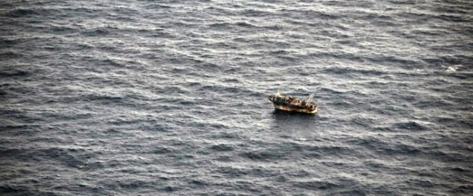 150914 Migrant boat AFP archivecrop