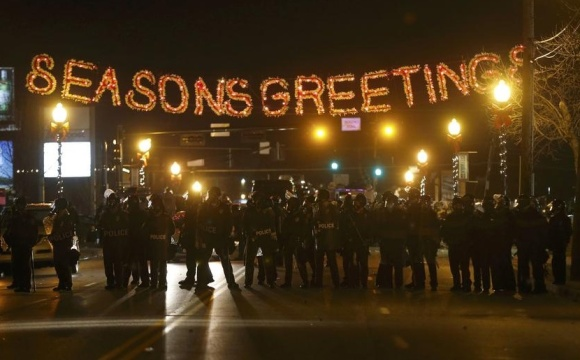 ferguson-police-seasons-greetings-card