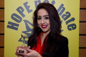 £££-Sajda Mughal