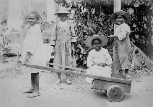 South Sea Islander children at Innisfail, Queensland, ca. 1902-1905