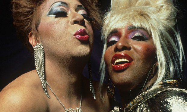 essays on paris is burning Through the lenses of brechtian theory and gender studies, this essay presented to professor mark sussman examines the implications of the drag performances in the film paris is burning as they relate to the notion of performativity.