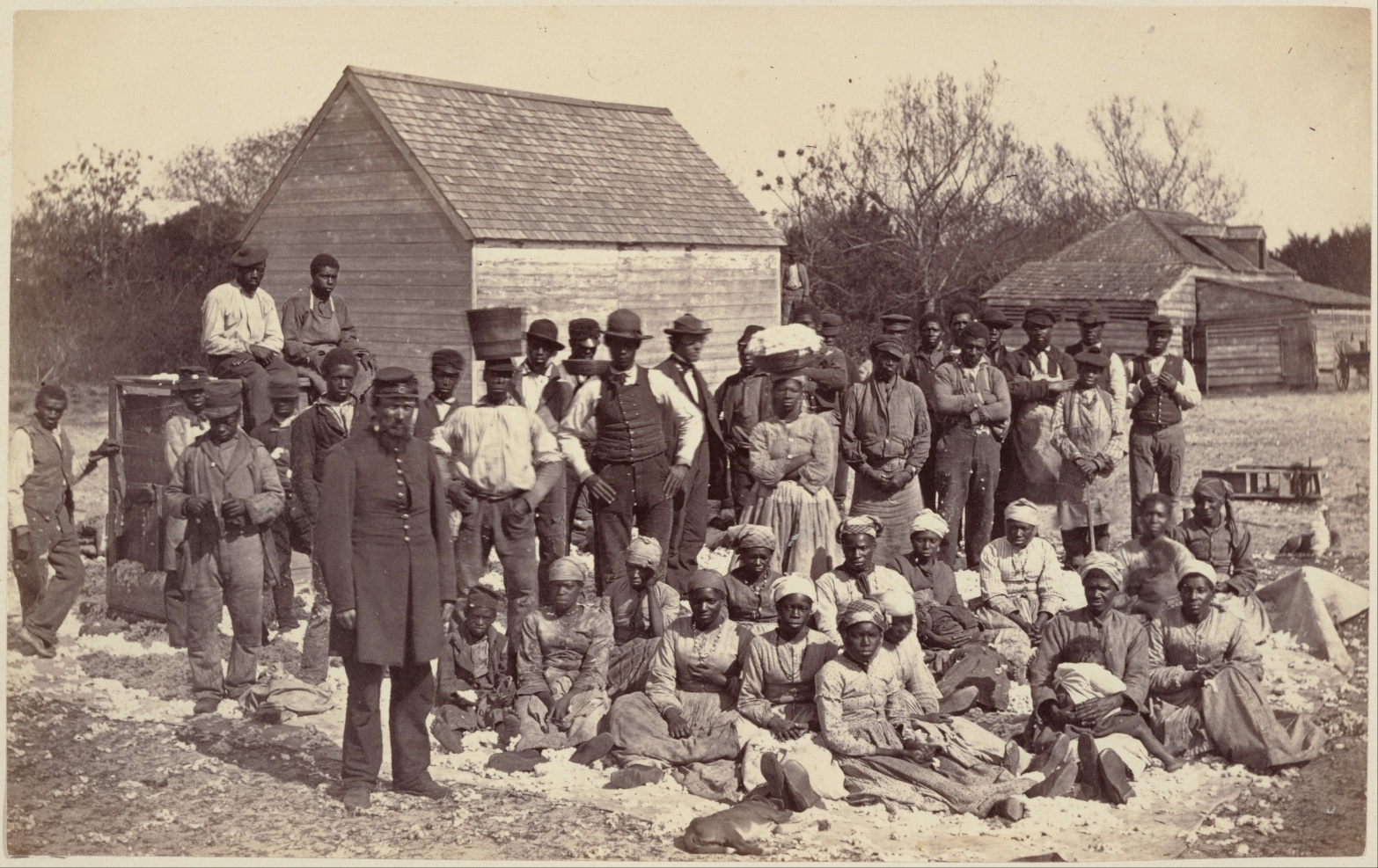 Group-of-slaves.jpg