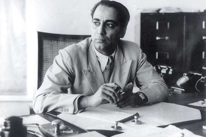 A behind-the-scene look at the life of Homi Bhabha.